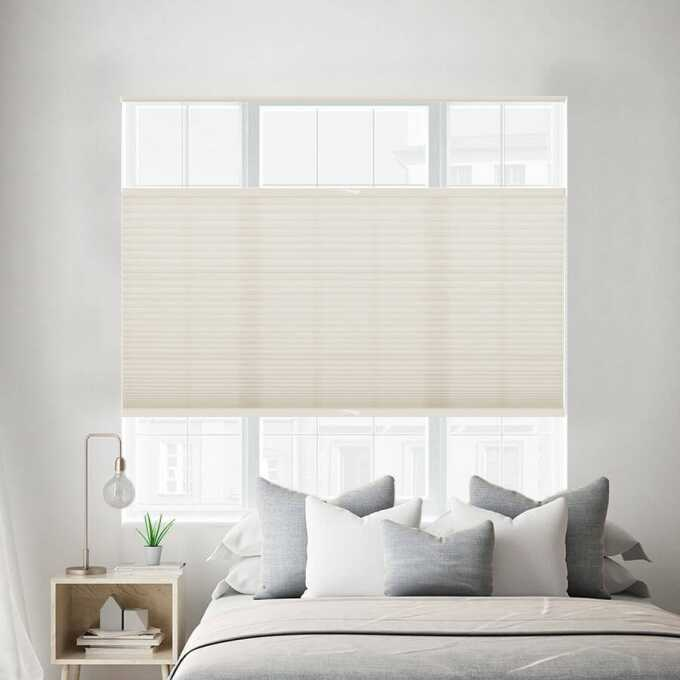 Designer Luxe Cordless Light Filtering Honeycomb Shades 8658