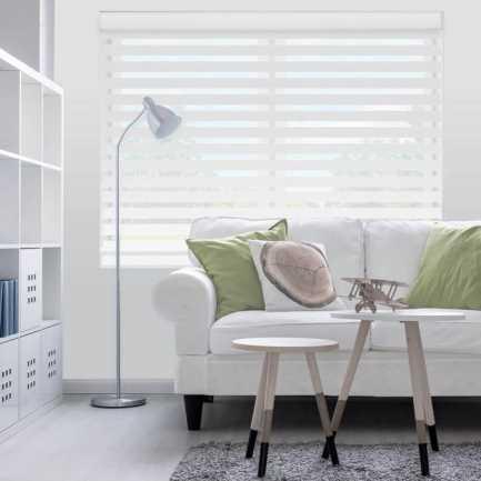 Toiles diaphanes horizontales 3 po de luxe à filtre de lumière 4150 Thumbnail